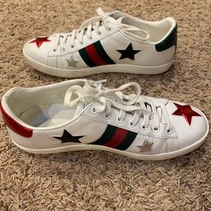 Gucci Shoes - Used Gucci's star sneakers
